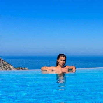 hotels-with-infinity-pools