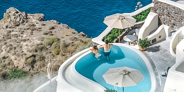 Hotels with Swimming Pool